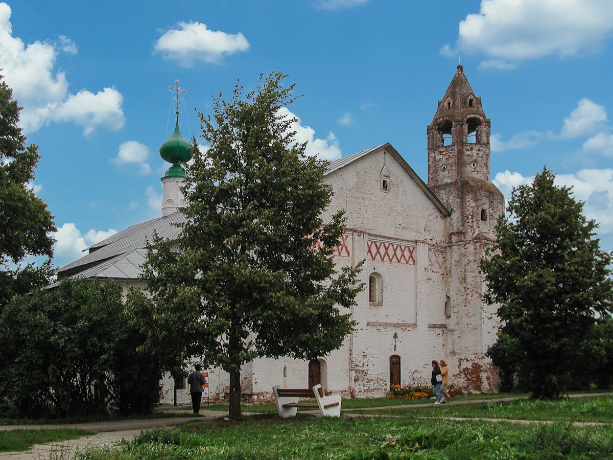 Церковь в Покровском монастыре