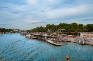 Досторимечательности Парижа. река Сена
